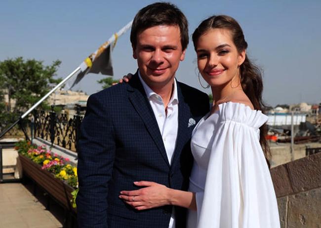 С женой Александрой Кучеренко