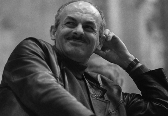 Писатель Булат Окуджава