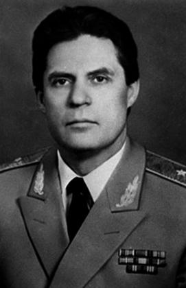 Юлий Шапошников