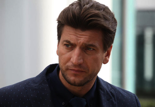 Актер Александр Устюгов