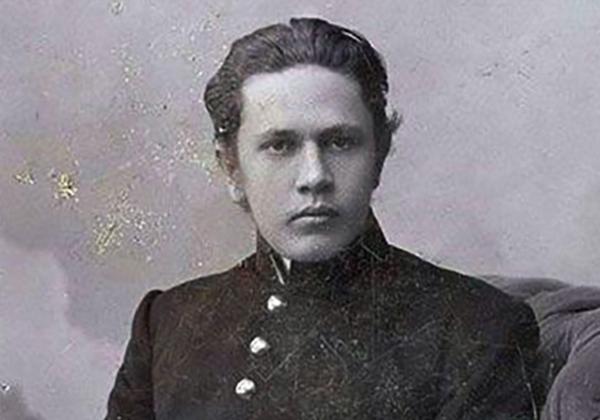 Алексей в молодости