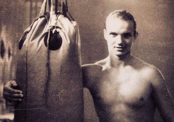 Занятие боксом в молодости