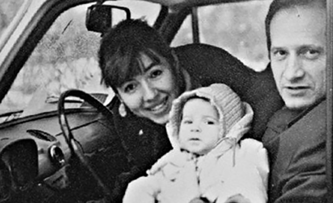 Маленькая Дарья с родителями