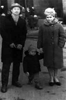 В детстве с родителями