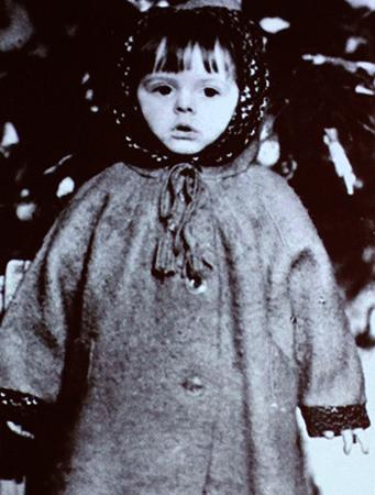 Клара в детстве
