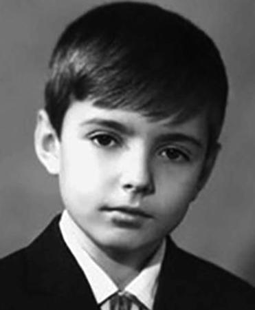 Геннадий в детстве