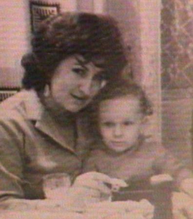Дмитрий с матерью