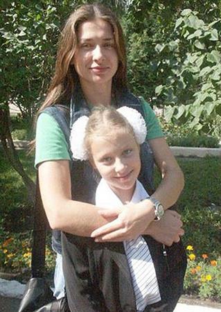 В молодости с дочкой Дарьей