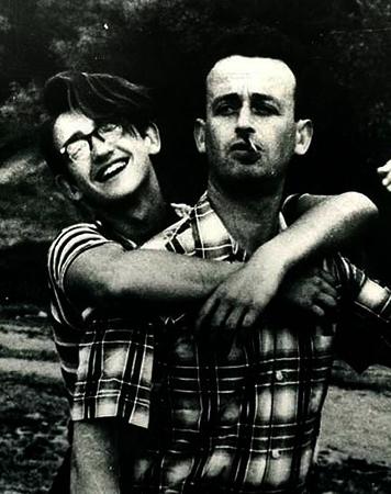 С отцом в юные годы