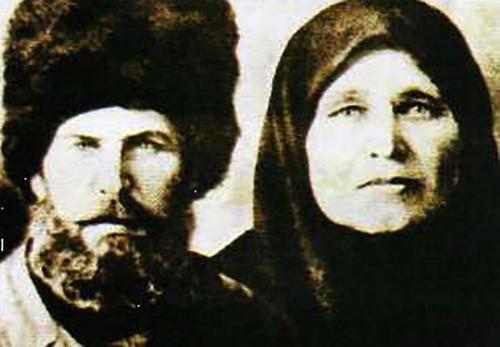Макар Леонтьевич и Мария Сергеевна — родители Василия