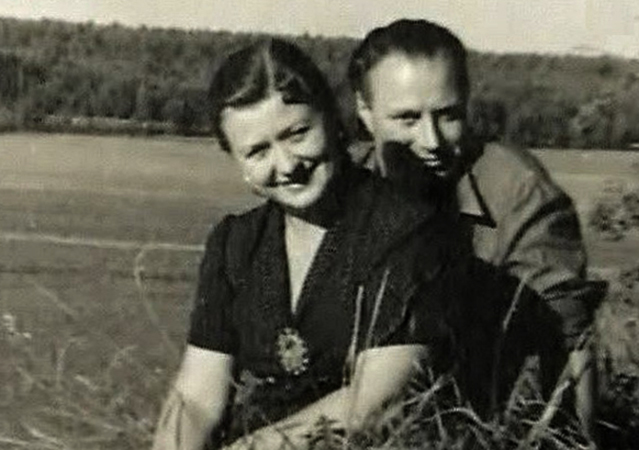 Мария Миронова и Александр Менакер — родители Андрея