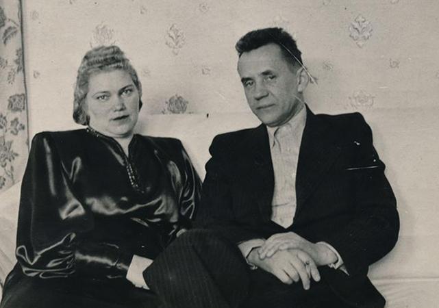 С женой Клавдией