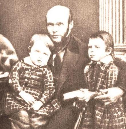 Николай с сыновьями