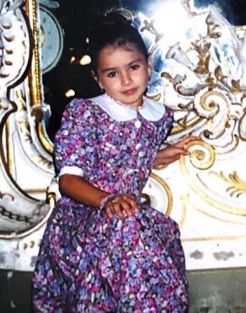 Юлия в детстве