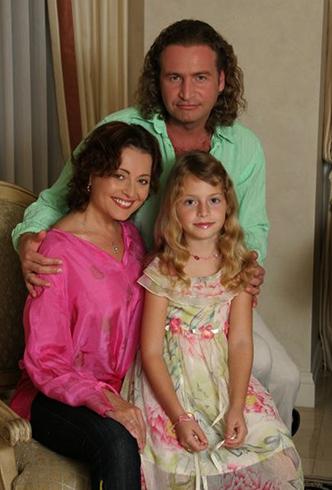 С женой Анжеликой и дочерью Полиной