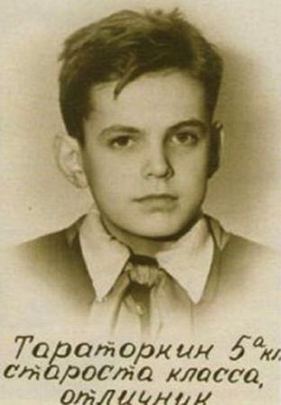 Георгий в школьные годы