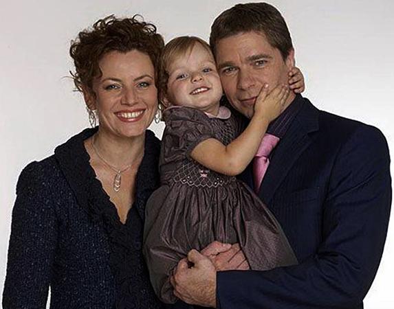 С женой Ларисой и дочерью Александрой
