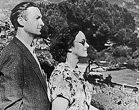 С первой женой Надеждой