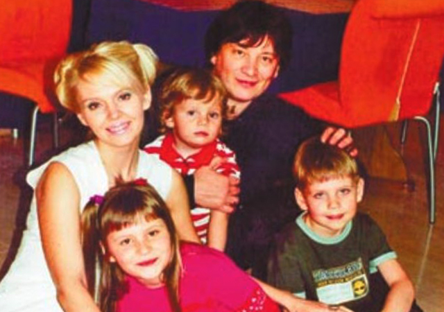 С Александром Шульгиным и детьми