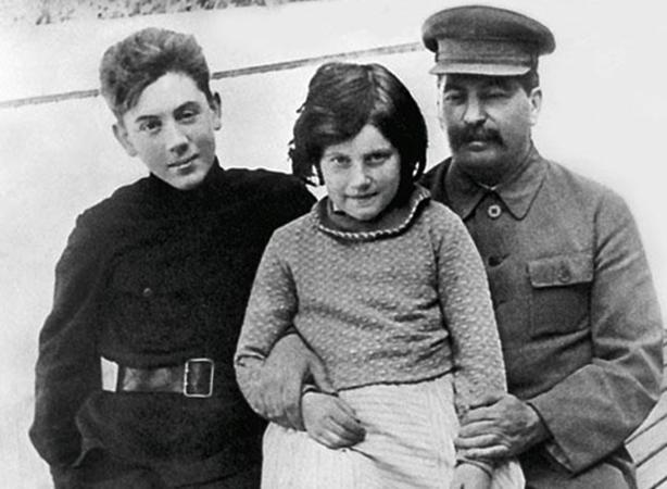 С братом Василием и отцом