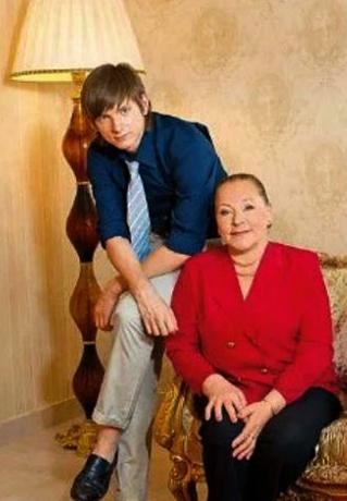 С внуком Андреем