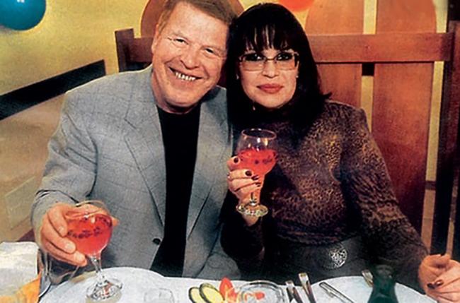 Со второй женой Еленой