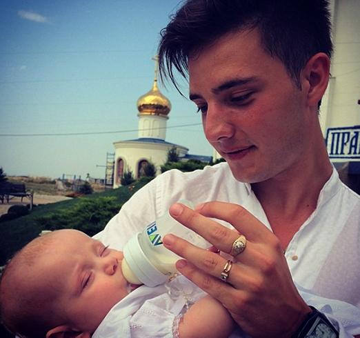С крестным ребенком