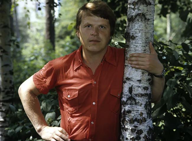 Михаил Кокшенов в молодые годы