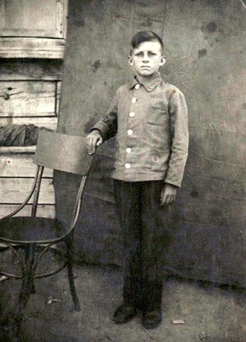 Алексей в школьные годы