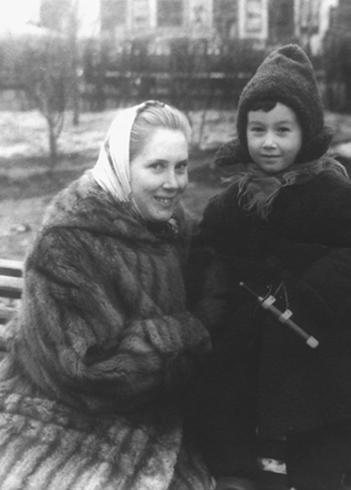Жена Алла и сын Денис