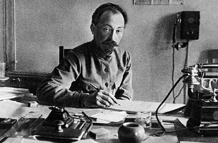 Революционер Феликс Дзержинский