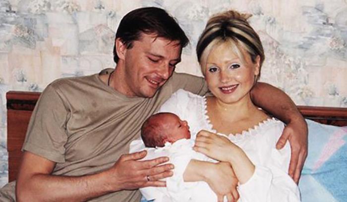С Ириной Климовой и сыном