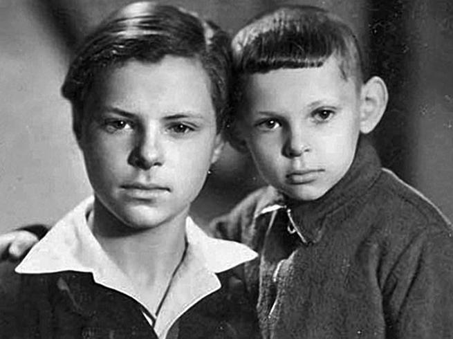 С братом Виктором