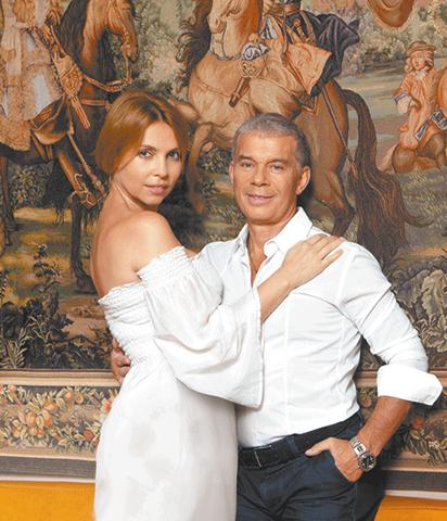 С супругой Мариной