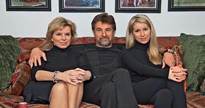 С Оксаной и дочерью
