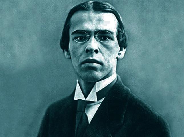 Поэт Владислав Ходасевич
