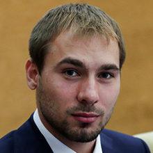 Биография биатлониста Антона Шипулина