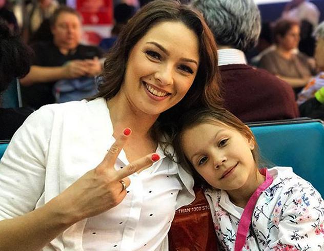 С дочерью Викой