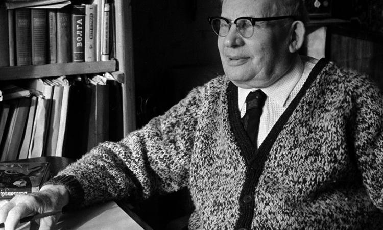Знаменитый писатель Александр Волков