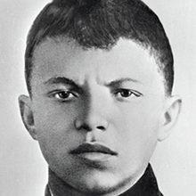 Краткая биография Александра Матросова
