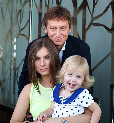 С женой Анной и дочерью Соней