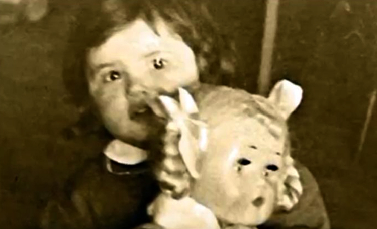 Виктория Токарева в детстве