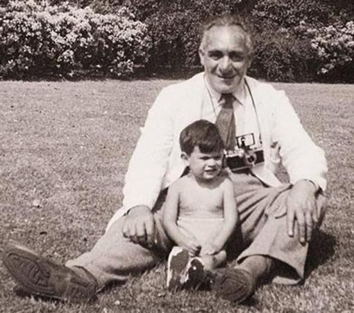 В детстве с дедушкой
