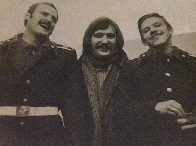Владимир Девятов (справа) в молодости