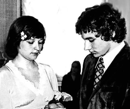 С первой женой Еленой Лебедевой