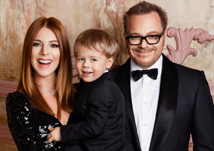 С женой Натальей и сыном Артемием