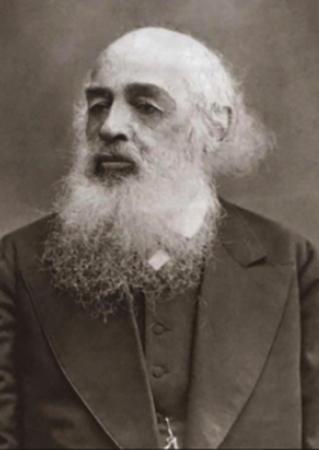 Отец — Алексей Алексеевич