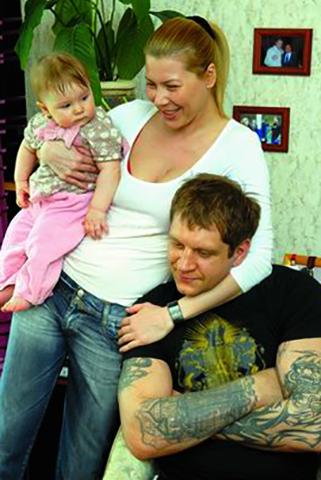 С первой женой Ольгой и дочерью Полиной