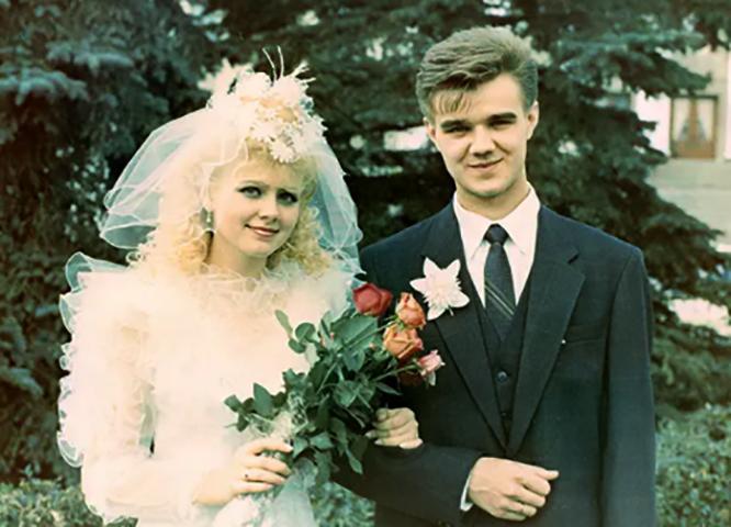 С мужем Александром в молодости