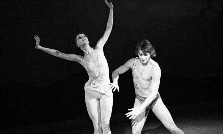 Михаил Барышников и Татьяна Кольцова на сцене